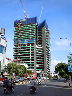 gold tower Postponing the construction of Phnom Penh's Gold Tower 42