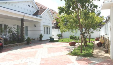 3 Bedroom Villa in Toul Kork Boeung Kak 2