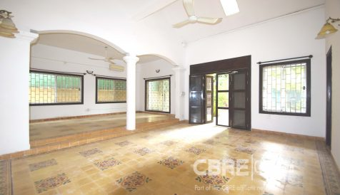 Single-Story Villa For Sale On Street 21 Tonle Bassac