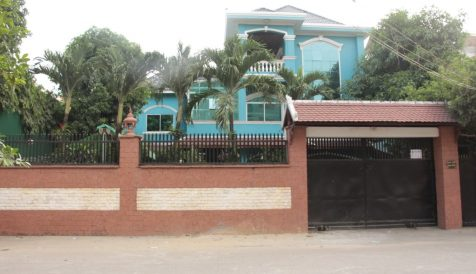 Comfortable 9 bedrooms Villa for rent in Teok La'ok 1 Tuek L