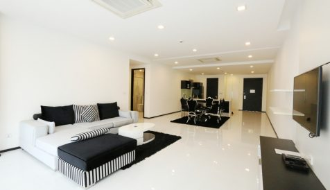Luxurious 2 Bedroom Apartment@Daun Penh Boeung Reang