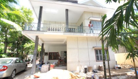 7 Rooms Corner Villa in BKK1 For Rent ( Good Location ) BKK 1