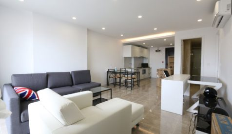 Modern 2 Bedroom Apartment Serviced @ Casa Meridian Tonle Bassac