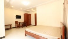 Budget One Bedroom Apartment In Tonle Bassac