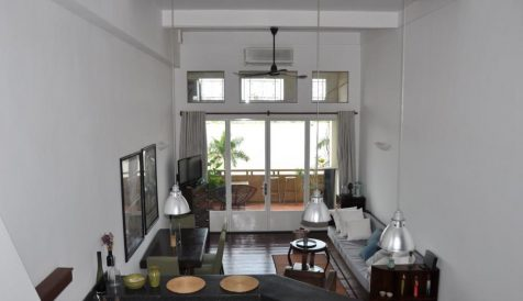 Colonial Mezzanine 1-Bedroom Apartment Boeung Reang