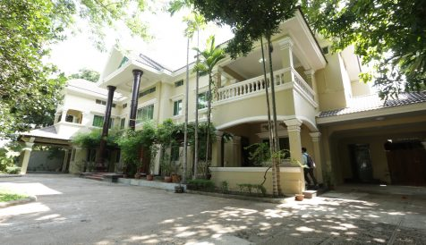 Garden Villa For Sale/Rent Along Street 73 In Chamkamorn Tonle Bassac