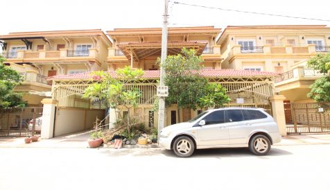 4-Bedroom Twin-Villa near Northbridge School, Sen Sok Khmuonh