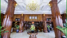 4 Star Hotel And Apartment For Sale Near Daun Penh Area