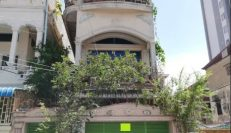 Shop House For Sale in BKK3