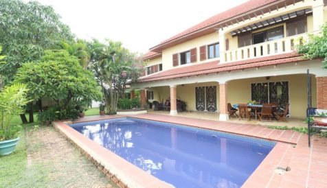 French Style 4-Bedroom + Attic Villa with Swimming Pool Teuk Thla