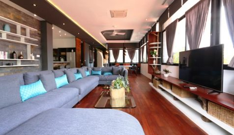 Stylish 2 and 3 Bedrooms Serviced Apartment in City Center Tonle Bassac