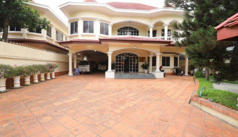 2 Large 8-room Villas in BKK1 BKK 1