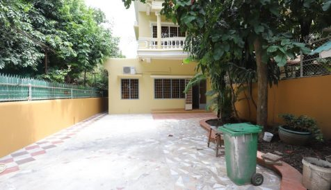 Renovated 4-Bedroom Villa in Tonle Bassac Tonle Bassac