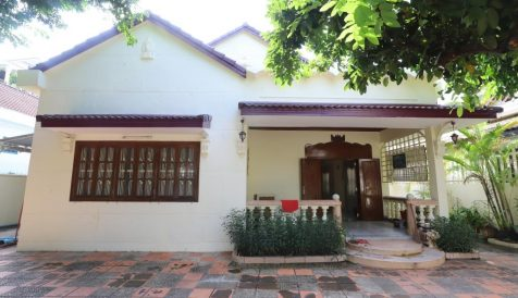 Affordable 4 Bedroom Villa for Rent in Tonle Bassac