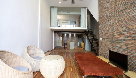 Well Design 1 Bedroom Duplex Apartment in Tonle Bassac