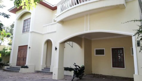 Nice 4 Bedroom Villa in Tonle Bassac Area Tonle Bassac