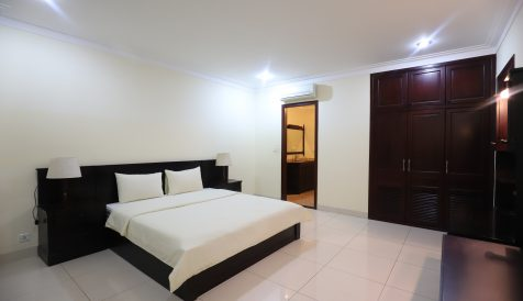 Spacious 1 Bedroom Serviced Apartment in BKK1