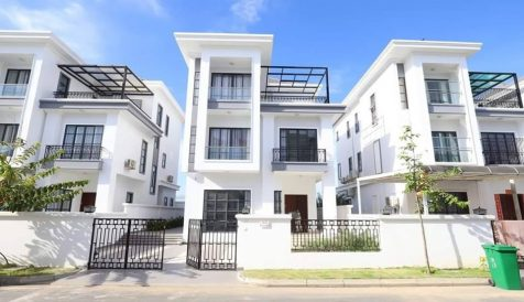 Single Villa For Sale in Gated Community in Phnom Penh Stueng Mean chey