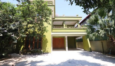 6 Bedroom Villa For Rent in Beoung Trabek Area Boeung Trabek