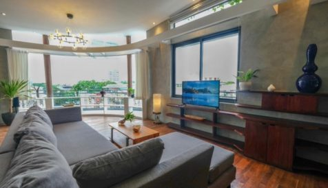 Stylish Colonial 3 Bedroom Penthouse Central Market Phsar Thmei I
