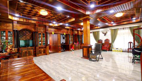 Luxurious 9 Bedrooms Villa for Lease at Chroy Changva Chroy Changvar